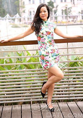 Beautiful Asian Member Yuanshi from Changsha, 30 yo, hair